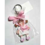 llavero-nina-rosa-resina-coletas-1302-150x150