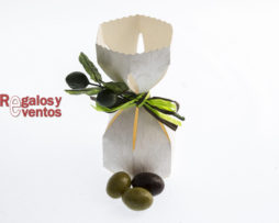 chocolates para bodas – saquito con aceitunas de chocolate