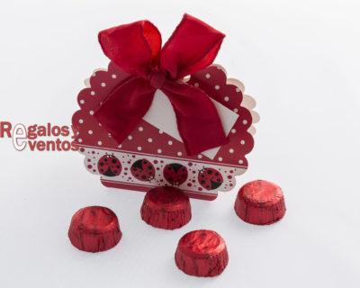 cajita de chocolates para bodas modelo mariquita